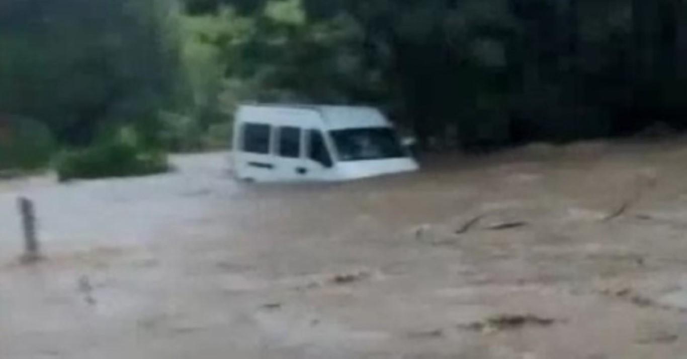 São Paulo deixa estado de atenção para alagamentos, mas chuva continua