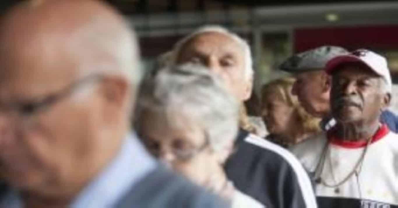Idade para aposentadoria pode subir de acordo com expectativa de vida