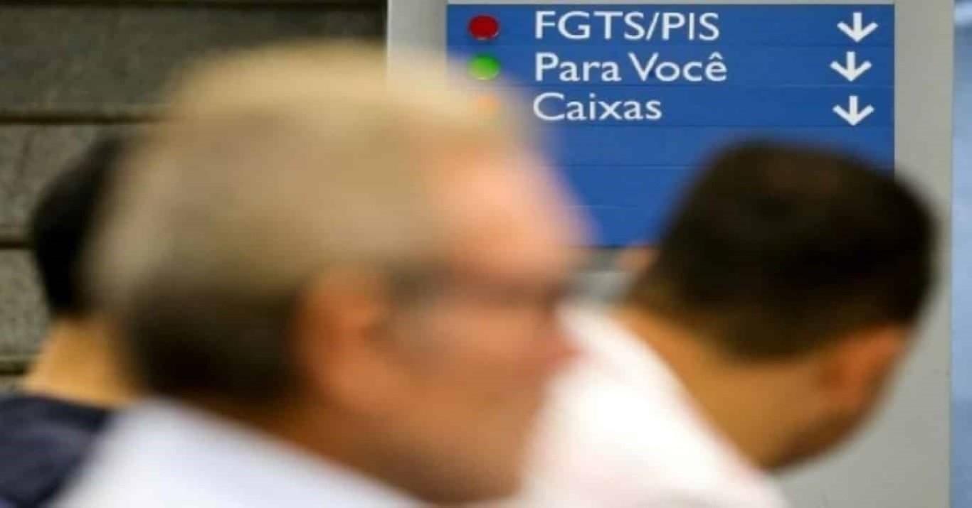 Aposentados do INSS podem sacar saldo do FGTS todo mês
