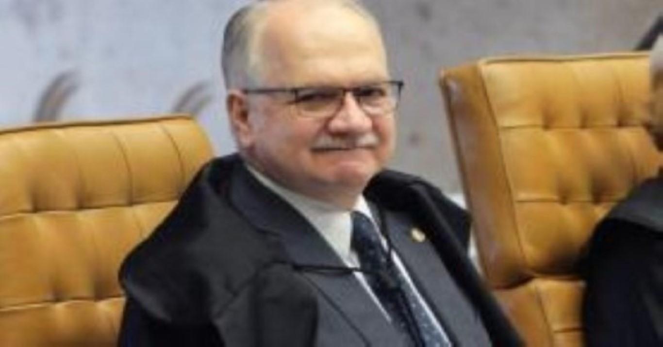 Fachin derruba decisão do STJ e manda executar pena restritiva de direitos