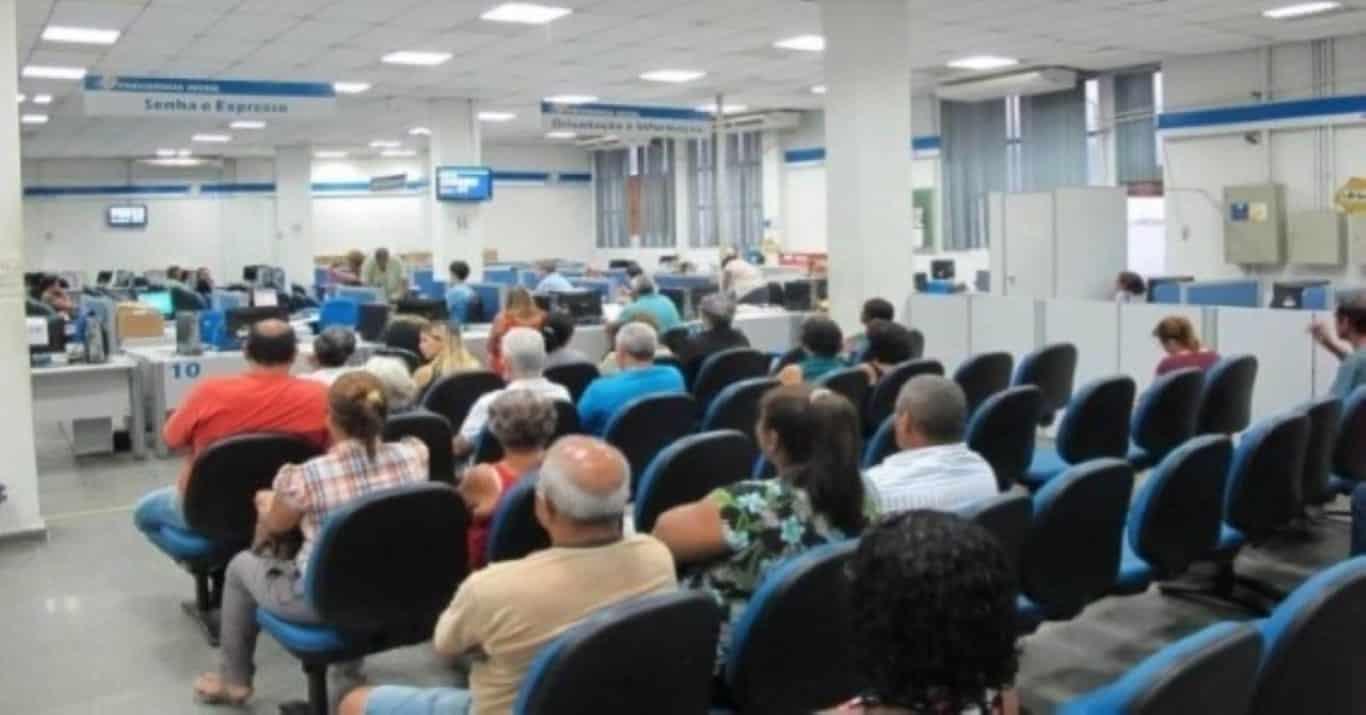 Resultado de imagem para INSS convoca para perícia 152 mil beneficiários de auxílio-doença ou aposentadoria por invalidez