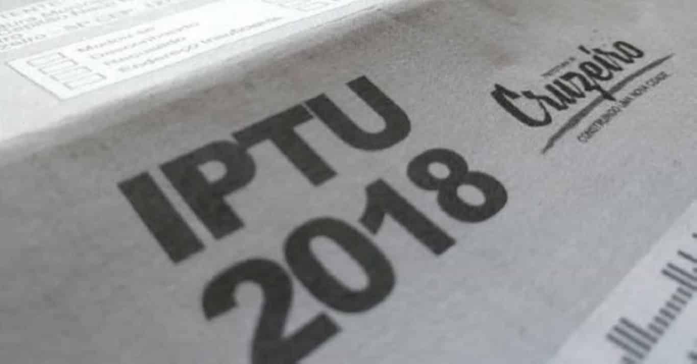 Covas evita imprensa e diz que falha do IPTU está em estudo