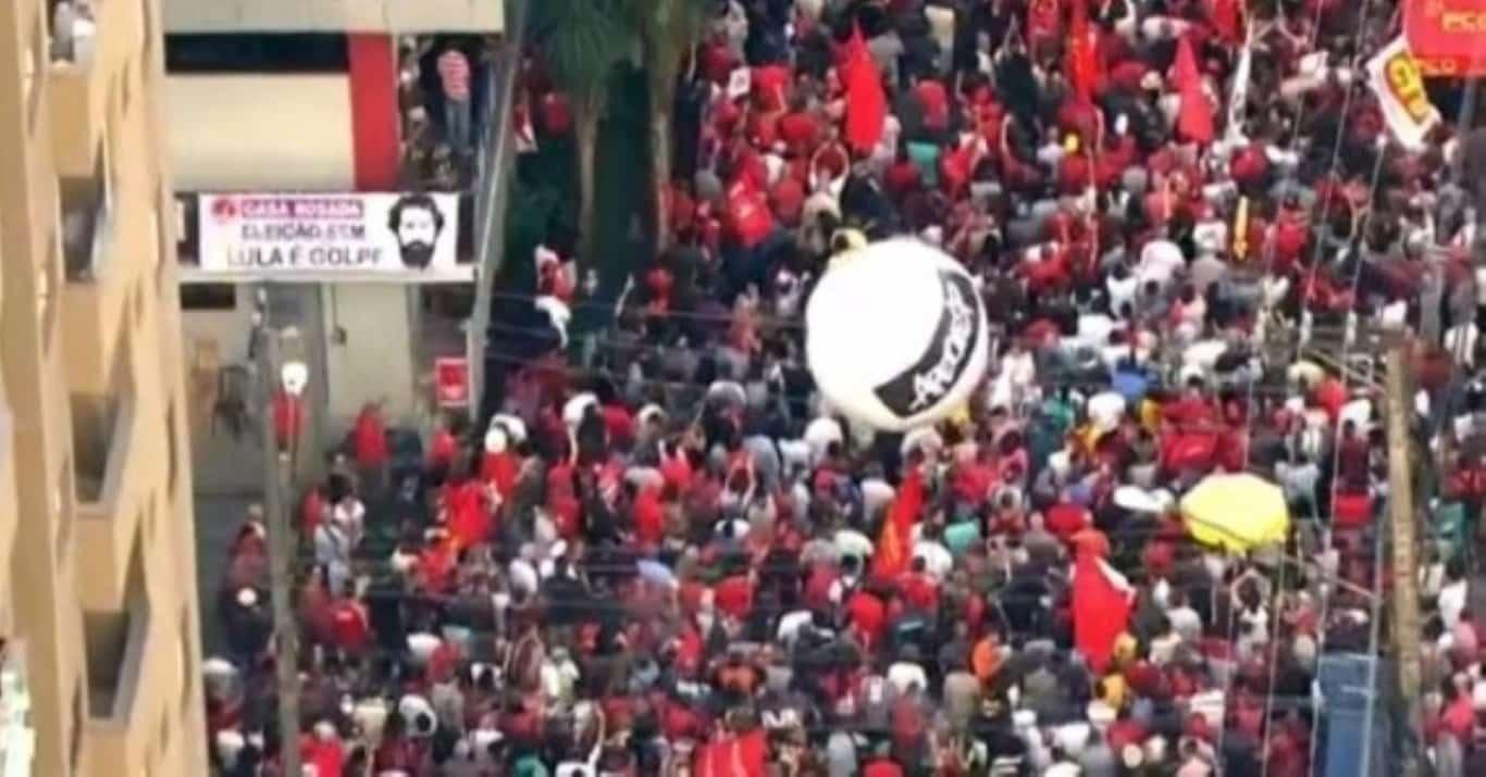Fusão é alternativa encontrada por sindicatos para sobreviver à crise