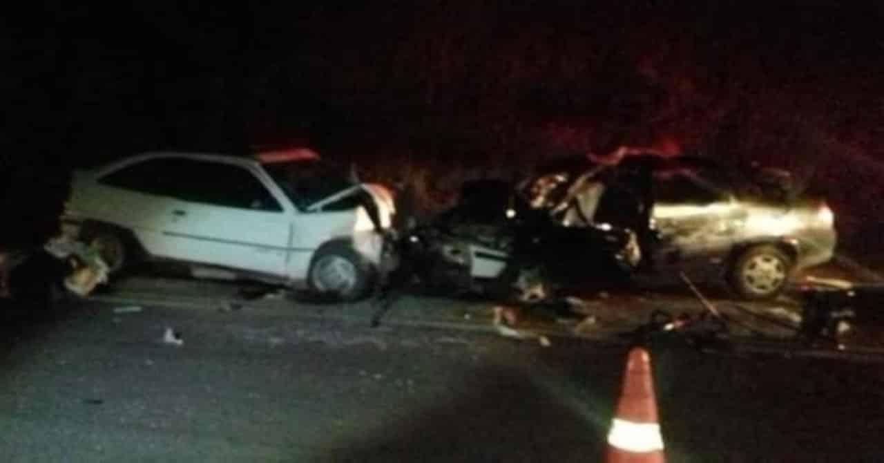 Engavetamento com 5 veículos deixa vítimas e interdita por 7 horas a Régis