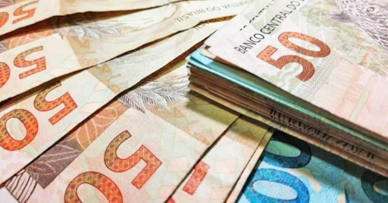 Dinheiro salário nota pagamento
