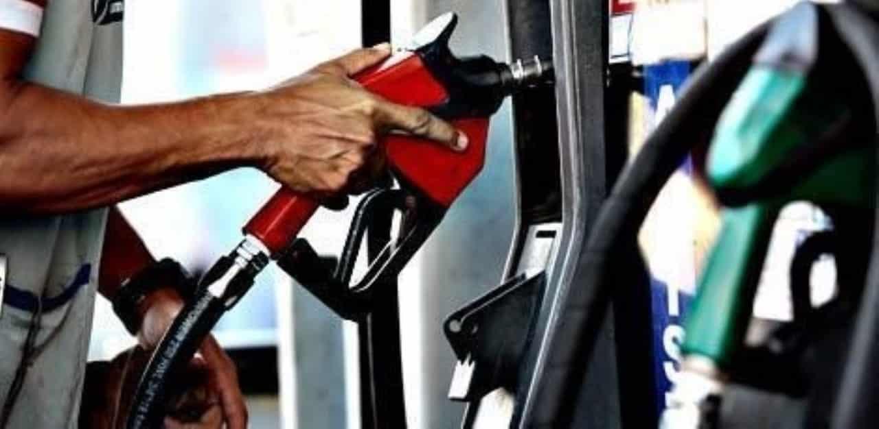 Saiba calcular na hora de abastecer no Álcool ou gasolina. Você sabe como decidir qual combustível sai mais barato na hora de encher o tanque?