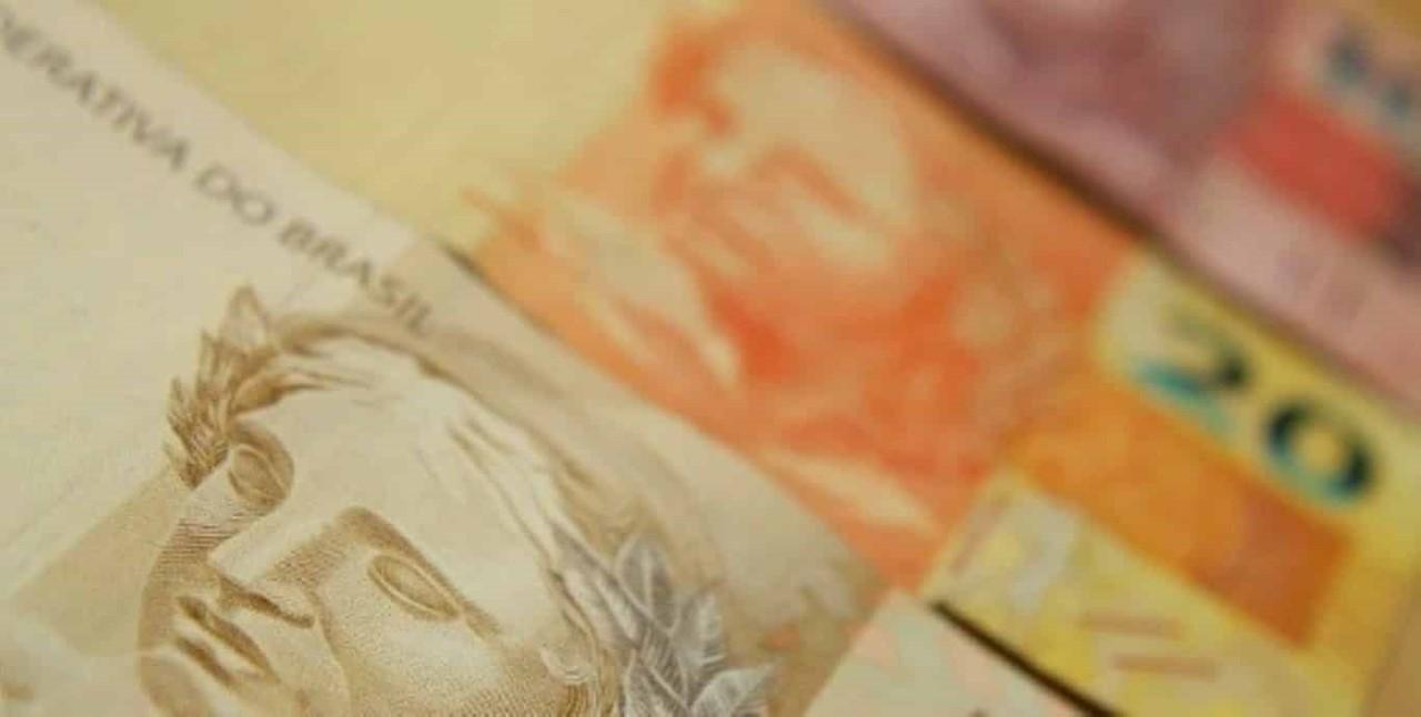 Dinheiro nota benefício real