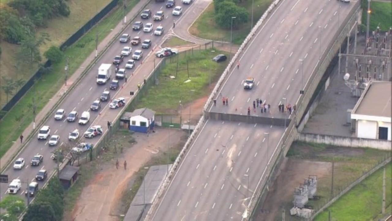 MP pede condenação de Covas por improbidade no viaduto da Marginal Pinheiros