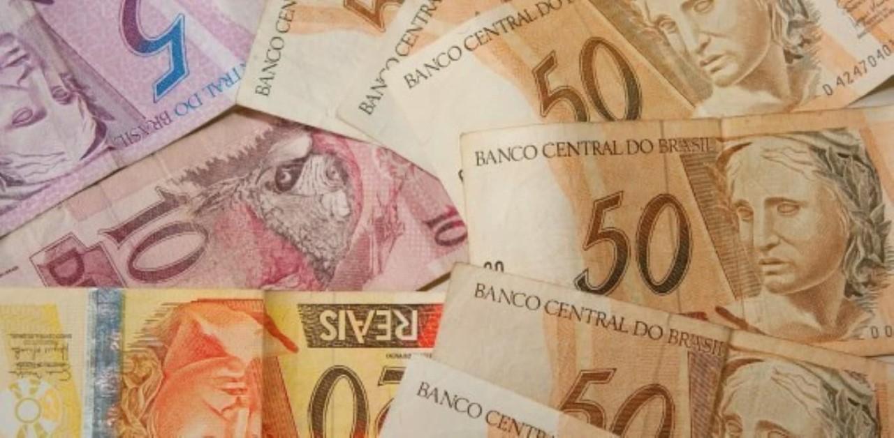dinheiro notas