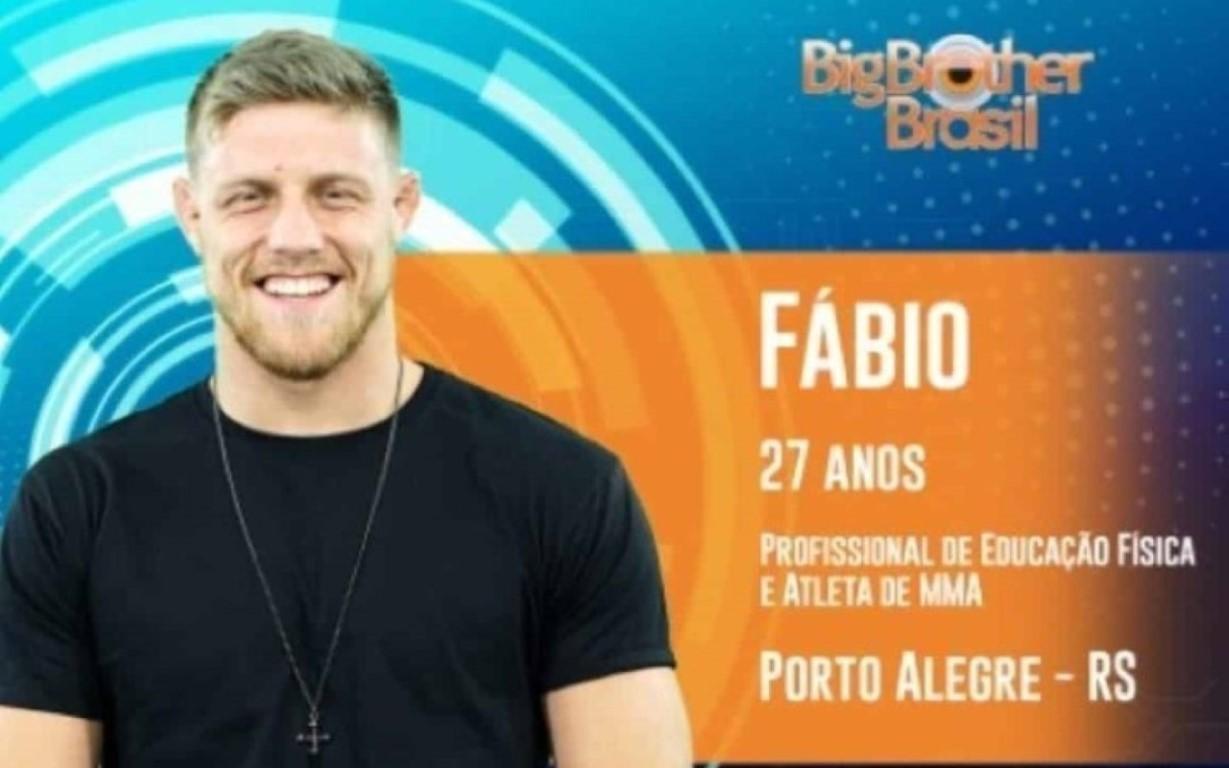 O atleta de MMA Fábio, de 27 anos, anunciado como participante do BBB19, foi desclassificado do programa que estreia na próxima terça-feira (15). A TV Globo