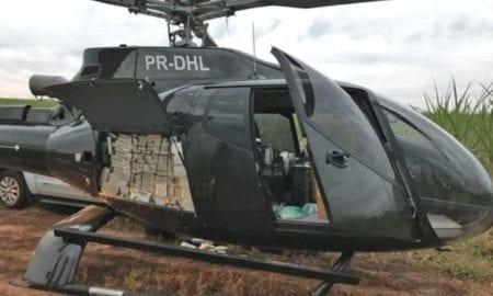 A Polícia Federal (PF) apreendeu um helicóptero avaliado em R$ 4 milhões e carros de luxo neste sábado (13) durante operação de combate ao tráfico de drogas