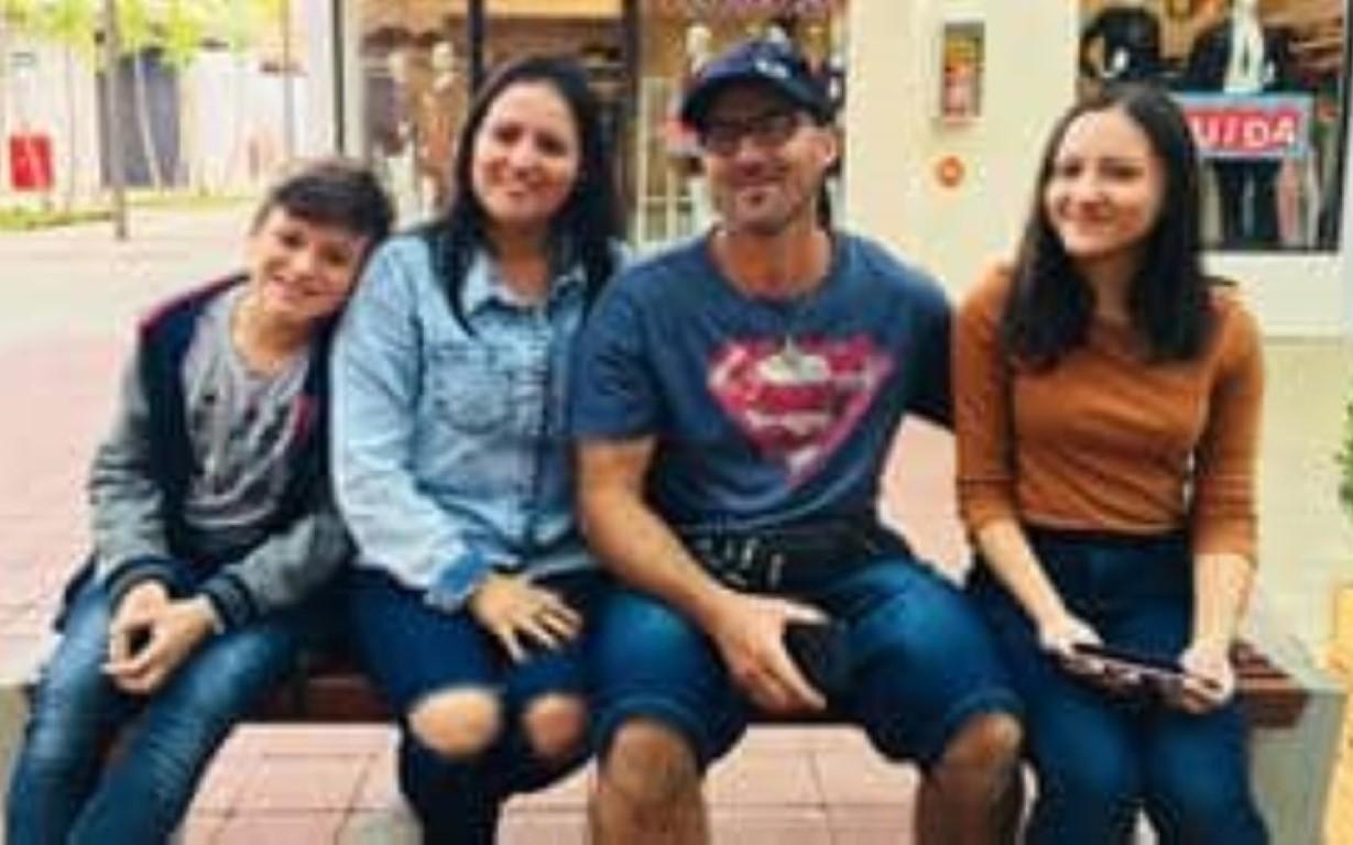 Em áudio, vítima pede ajuda para salvar família que inalou gás no Chile.