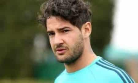 Alexandre Pato não treina e segue como desfalque do São Paulo no Brasileirão.