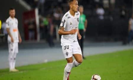 Rodrigo Santana confirma Papagaio como titular do Atlético-MG pela 1ª vez.