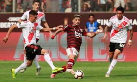 Fla vence Ríver de virada e conquista bicampeonato da Libertadores