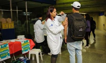 Campanha de vacinação contra sarampo termina neste sábado (30)