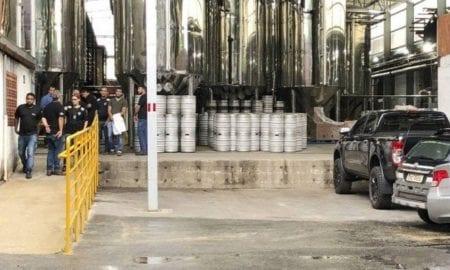 Cervejaria produziu 66 mil garrafas nos lotes em que amostras contaminadas foram encontradas: Cerveja Envenenada
