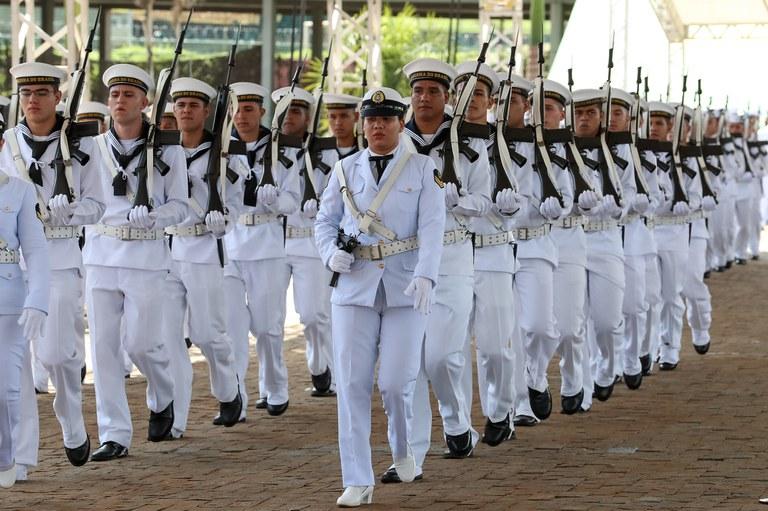Marinha abre 900 vagas para concurso de ensino médio