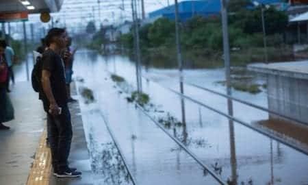 Patrão pode descontar dia de quem faltar por causa de enchente?