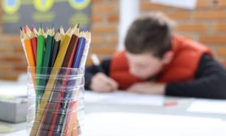 Comissão externa sobre coronavírus discute retomada das atividades escolares